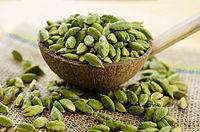 cardamom-herbal-prescription-to-treat-vomiting