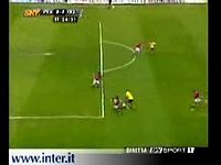 Gols e Dribles com-Robinho,Kaká,Cristiano Ronaldo,Adriano,Ronaldinho Gaúcho,Henry.wmv